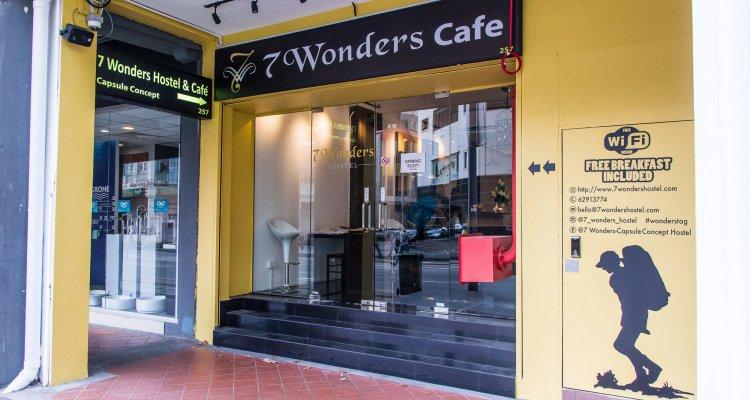 7 Wonders Hostel