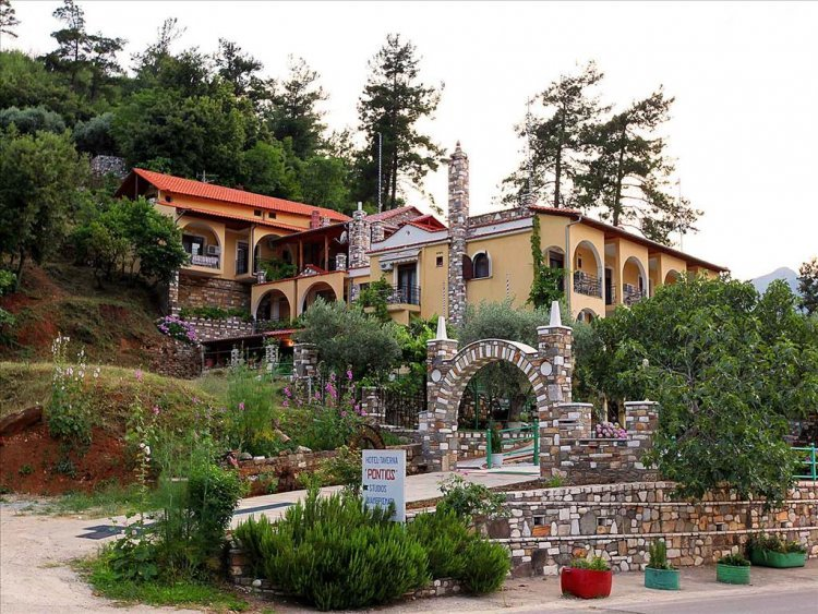 Castle Pontos (Skala Potamias)