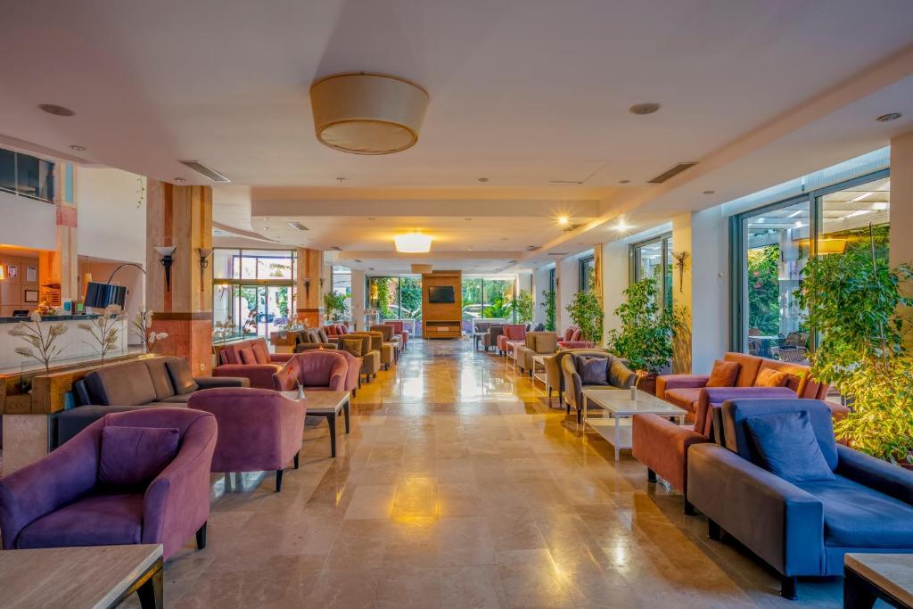 Sherwood Greenwood Resort Hotel