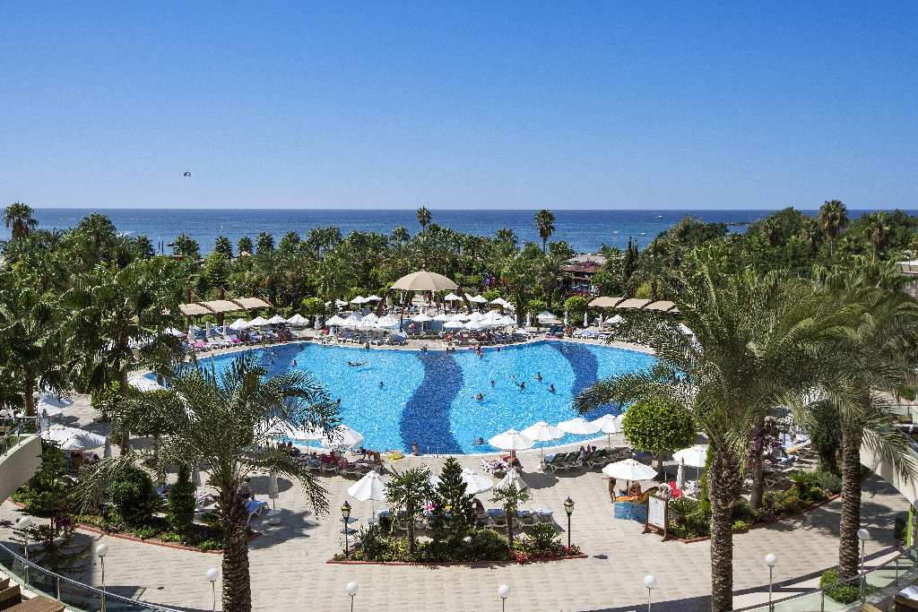 Saphir Resort And Spa