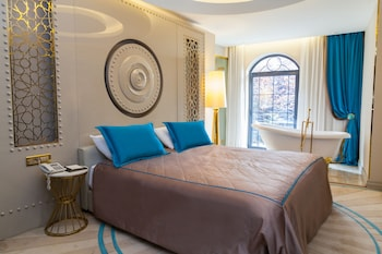 Sura Design Hotel And Suites