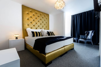 B Gold Luxury Rooms