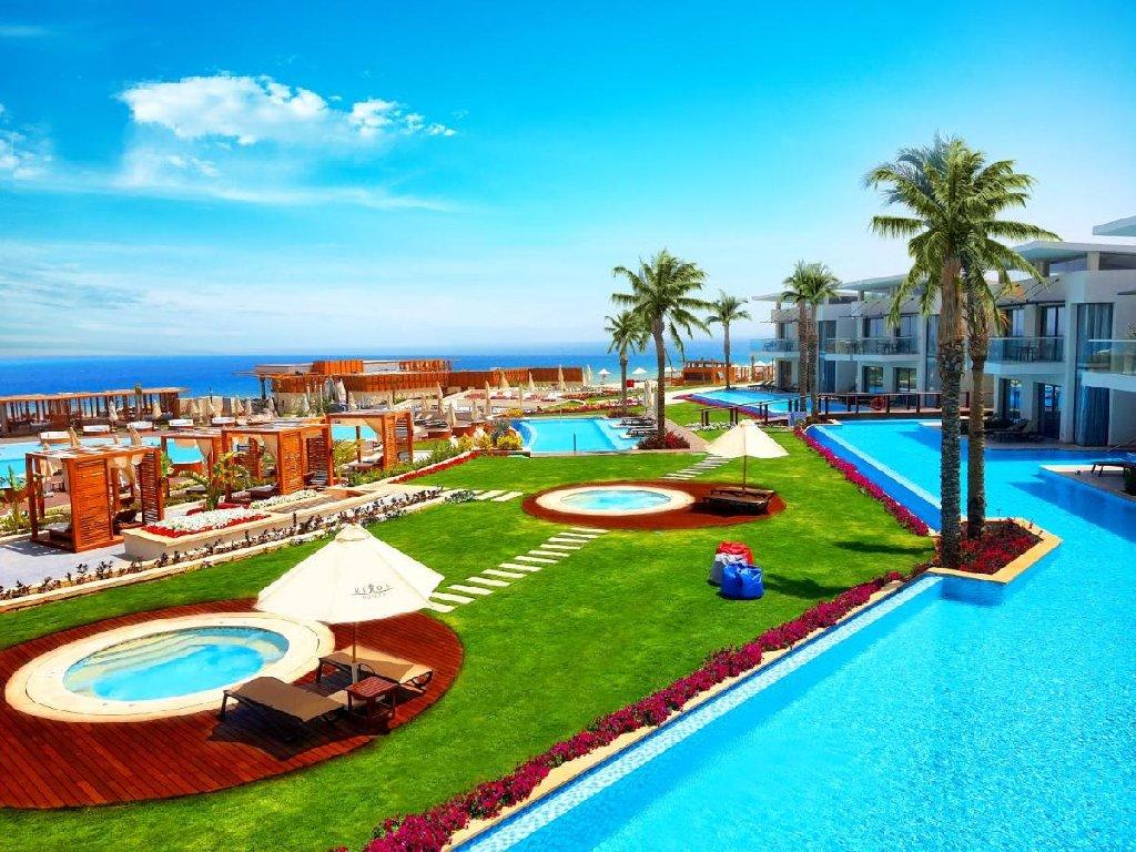 Rixos Premium Magawish Suites and Villas