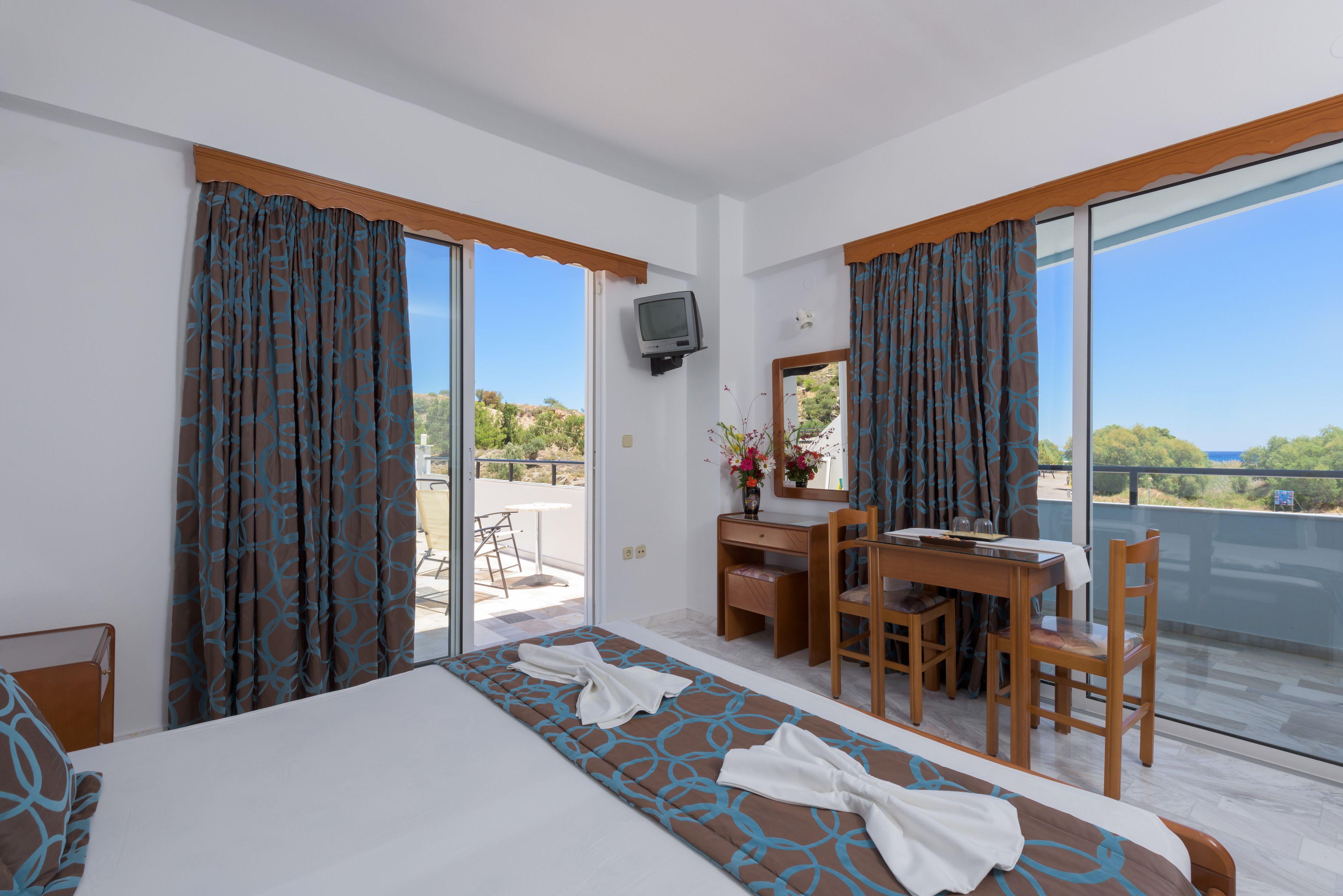Vlycha Beach Apartments