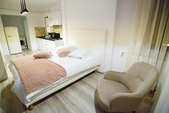 Metropolitan Iassium Luxury Suites