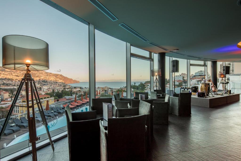 Four Views Baia Hotel