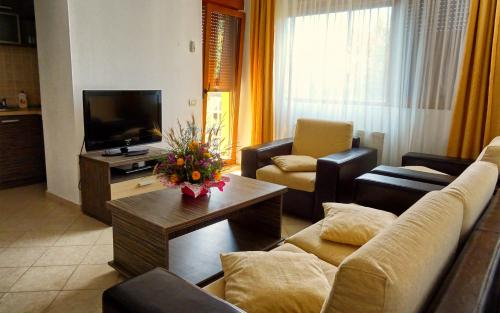 Club Residence Apartments