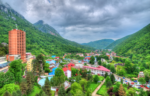 Circuit Romania - Cu trenul Nostalgia prin Banatul montan pana la Cazanele Dunarii
