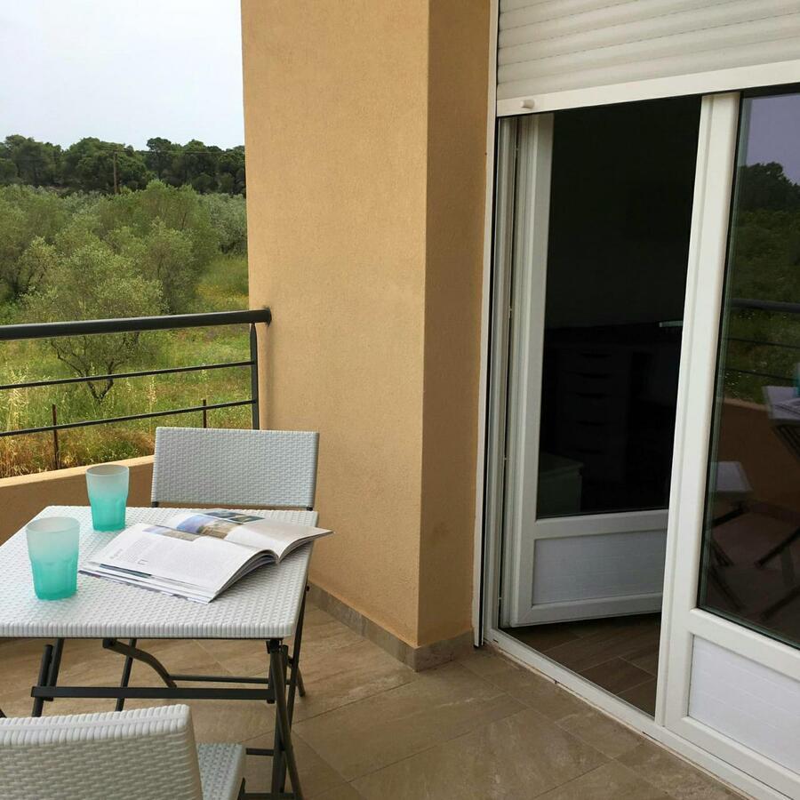 Les Oliviers - Studios & Apartments