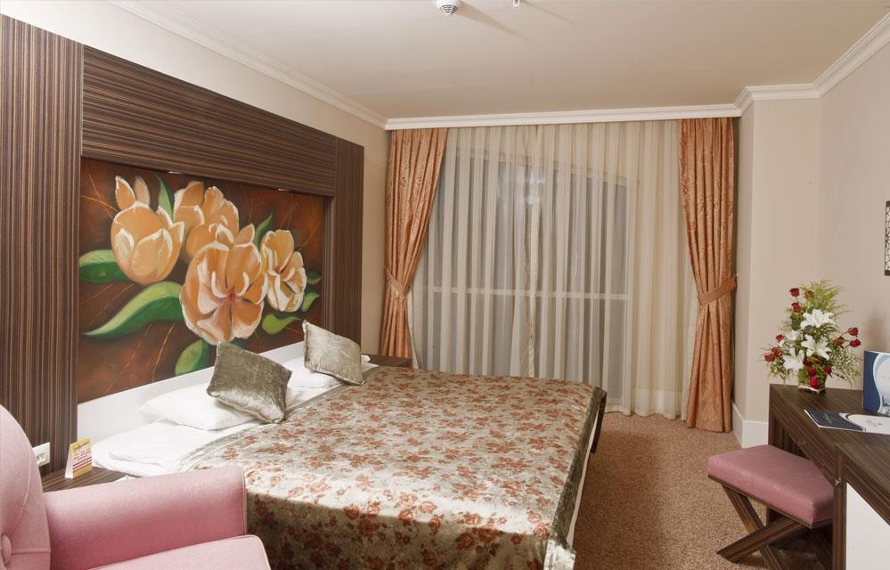 Hotel Crystal de Luxe Resort & Spa