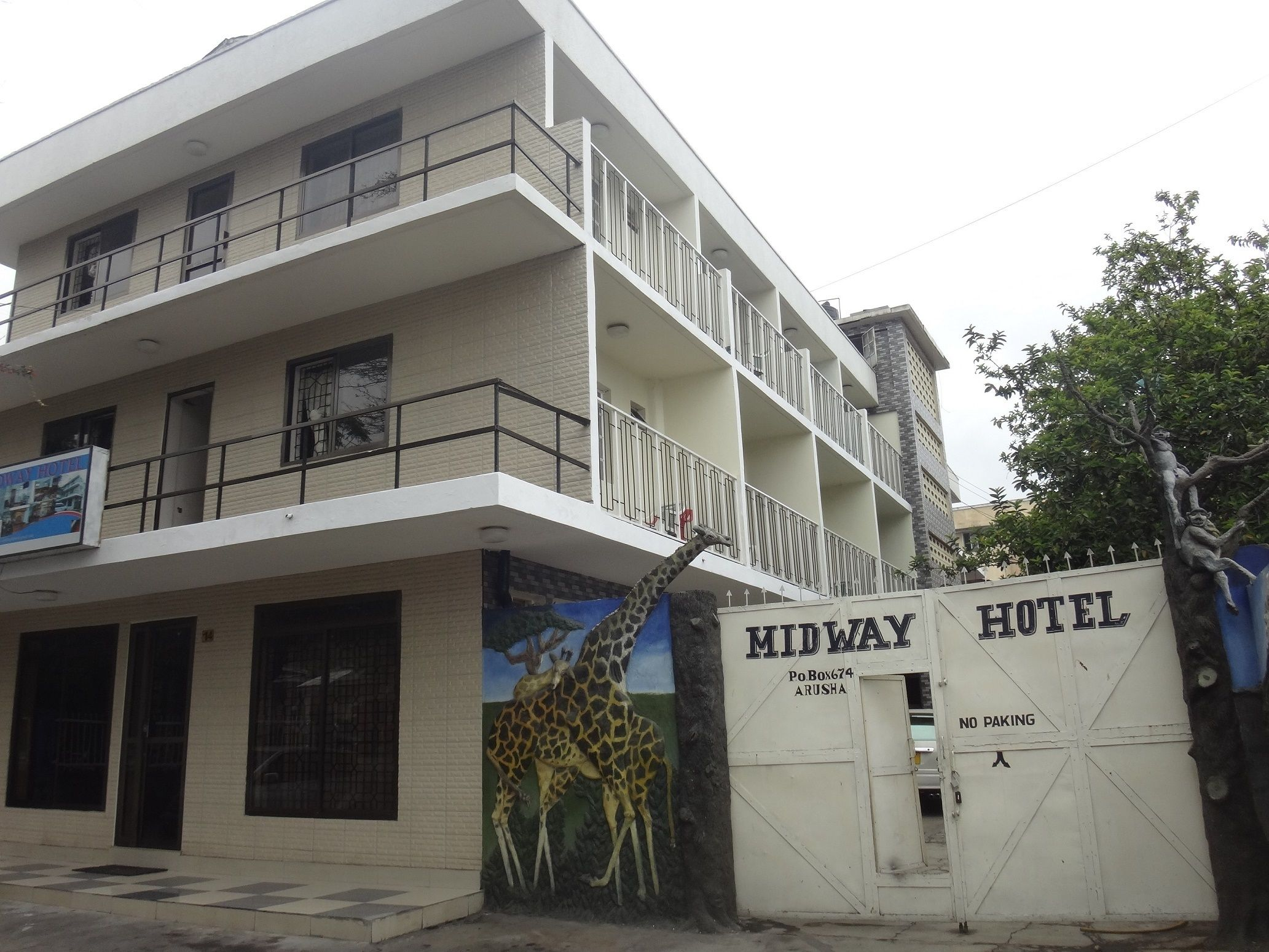 Midway Hotel