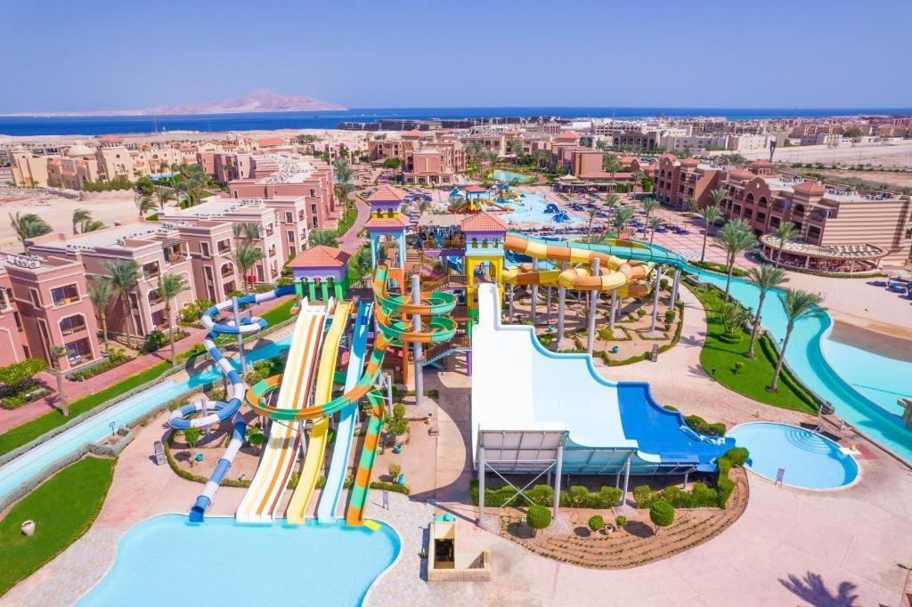 Charmillions Club Aqua Park