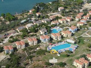 Akay Garden Resort