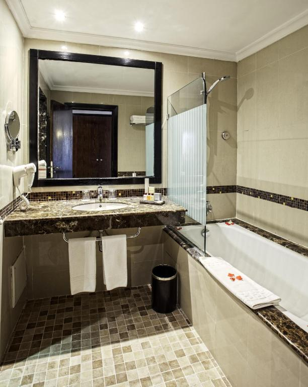 Palm Plaza Hotels & Spa