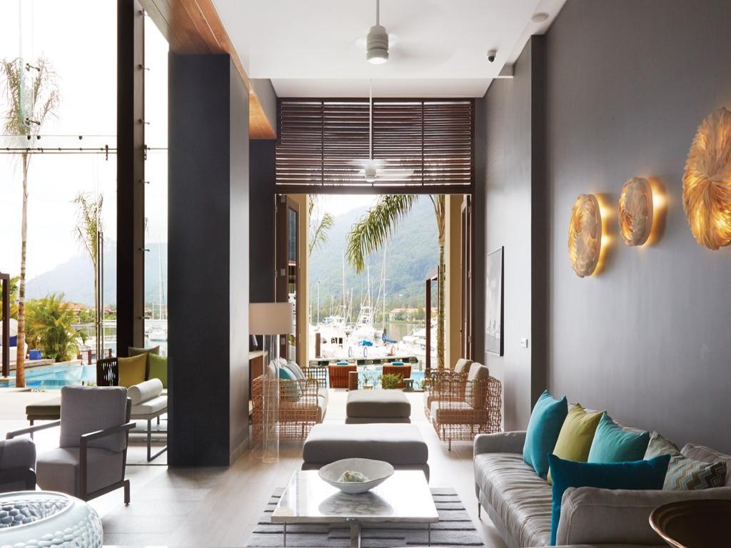 Eden Bleu Hotel