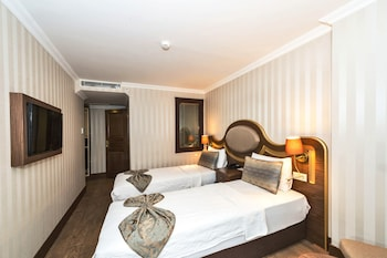 Real Star Hotel