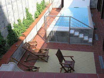 7 Pools Spa And Apartments