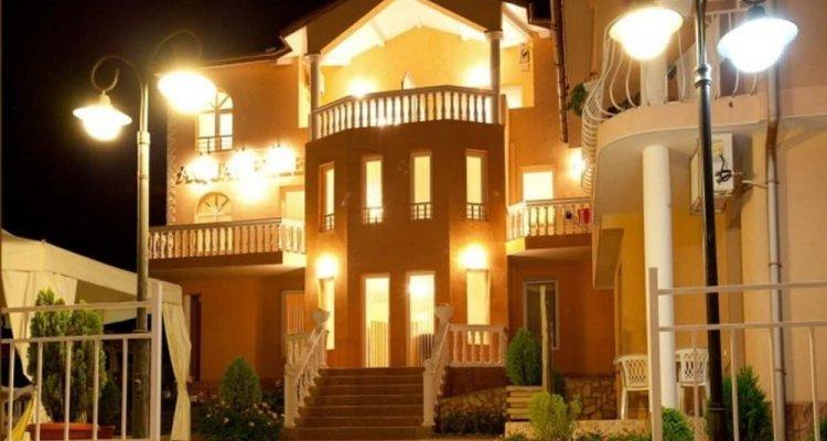 Aquarelle Hotel & Villas