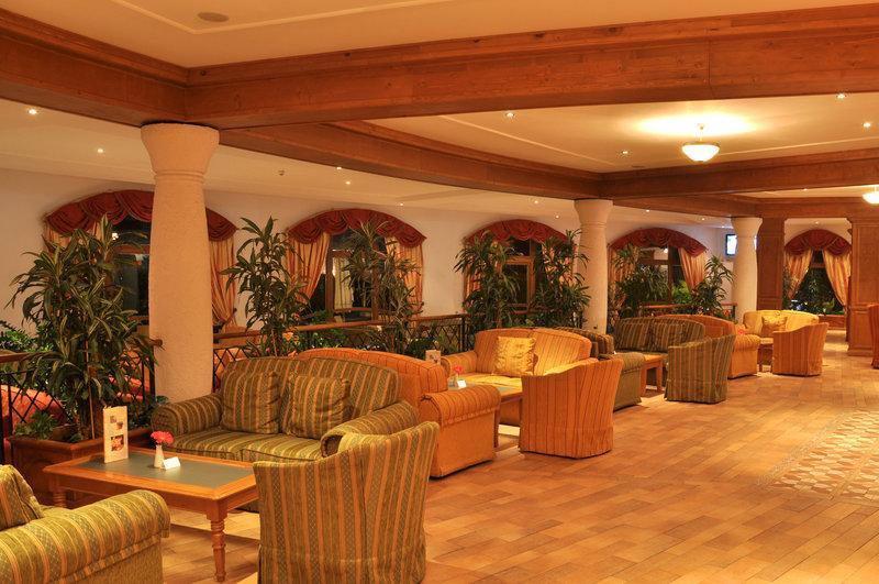Kempinski Hotel Grand Arena Bansko