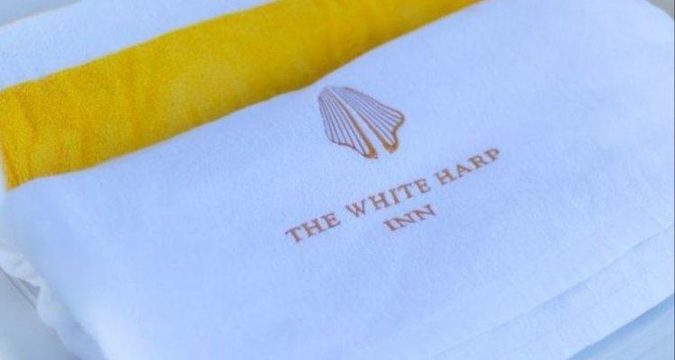 Whiteharp Beach Inn