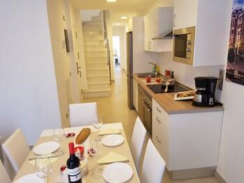 Rk Canteras Suites Apartments