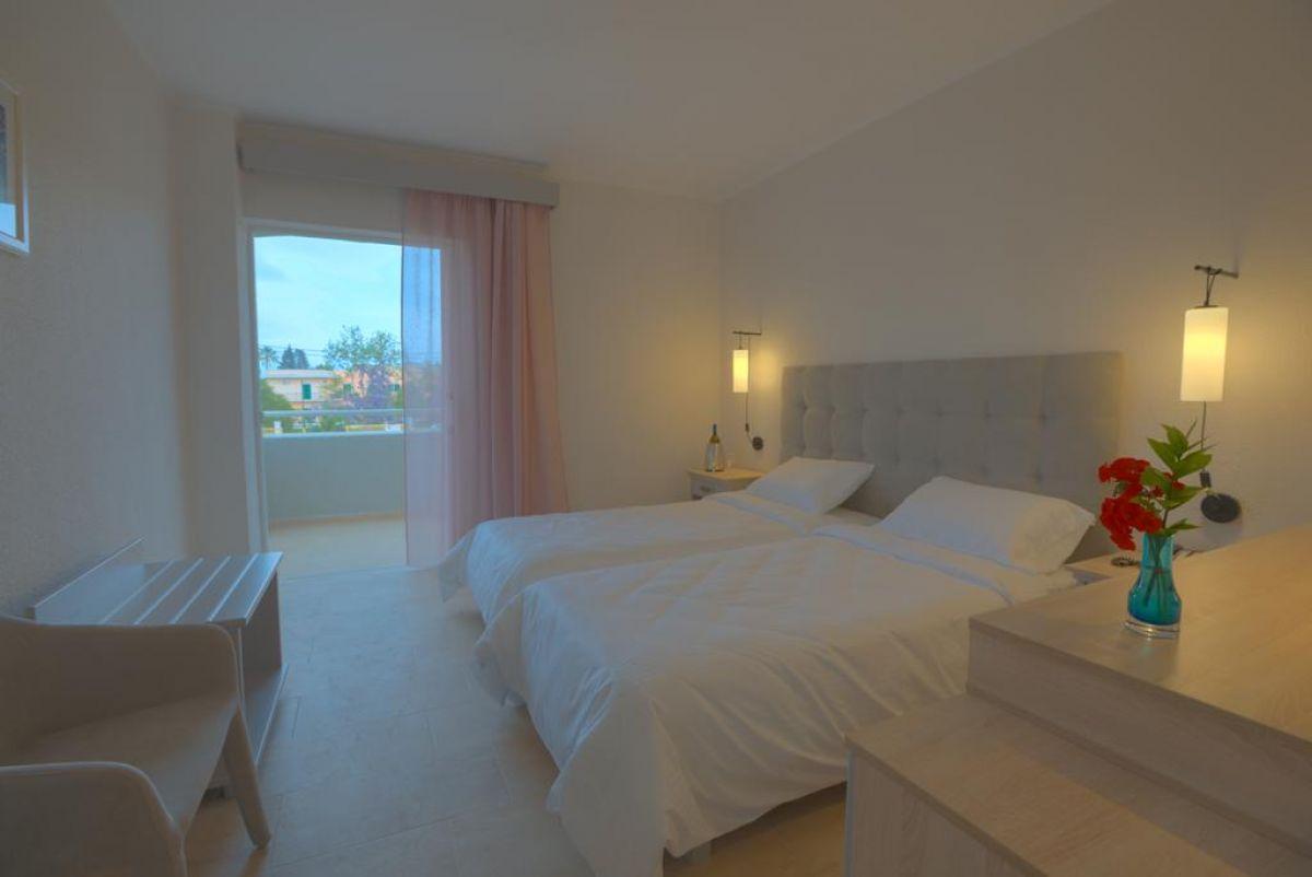 Livadi Nafsika Hotel