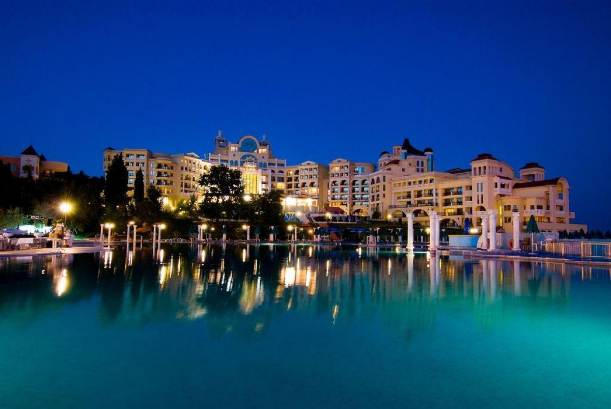 Marina Royal Palace