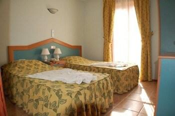 Gondol Apartments