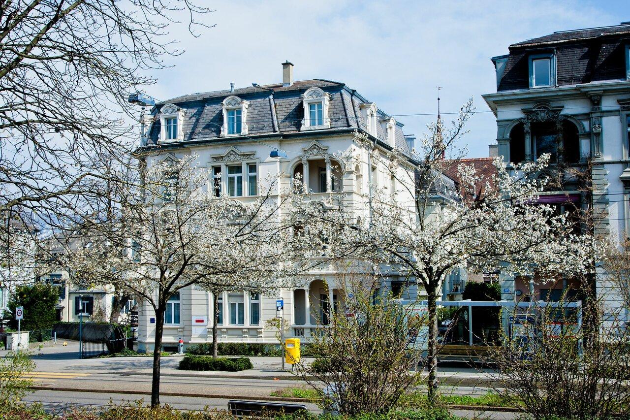 Seestrasse Apartotel
