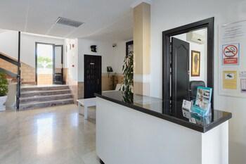 Apartamentos San Antonio Beach