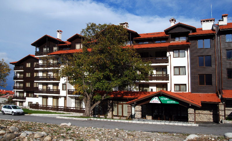 Mountain Paradise By Walnut Trees Apart Hotel