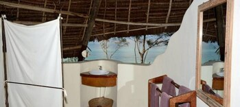 Unguja Lodge