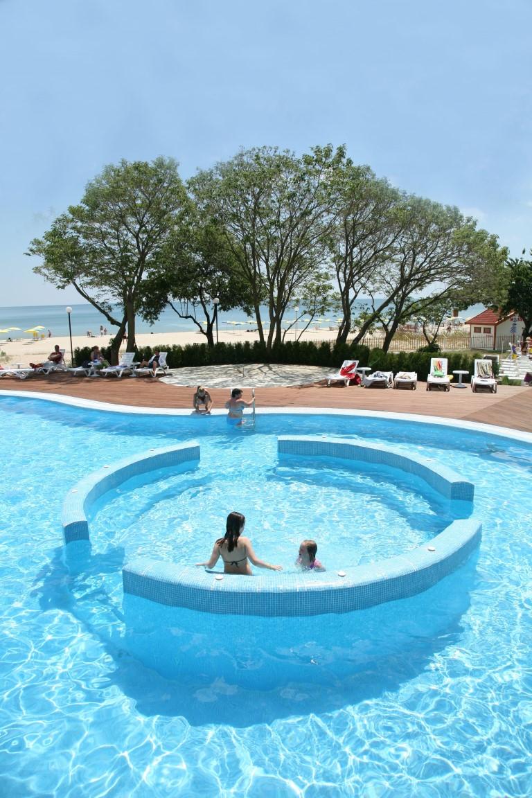 Arabella Beach