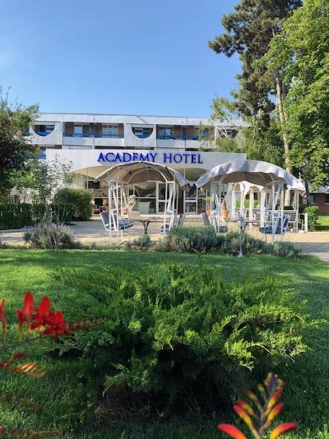 HOTEL ACADEMY