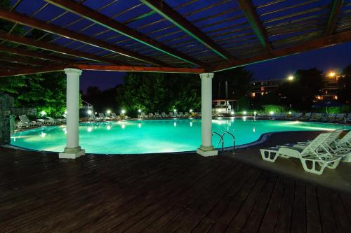 2d Resort And Spa