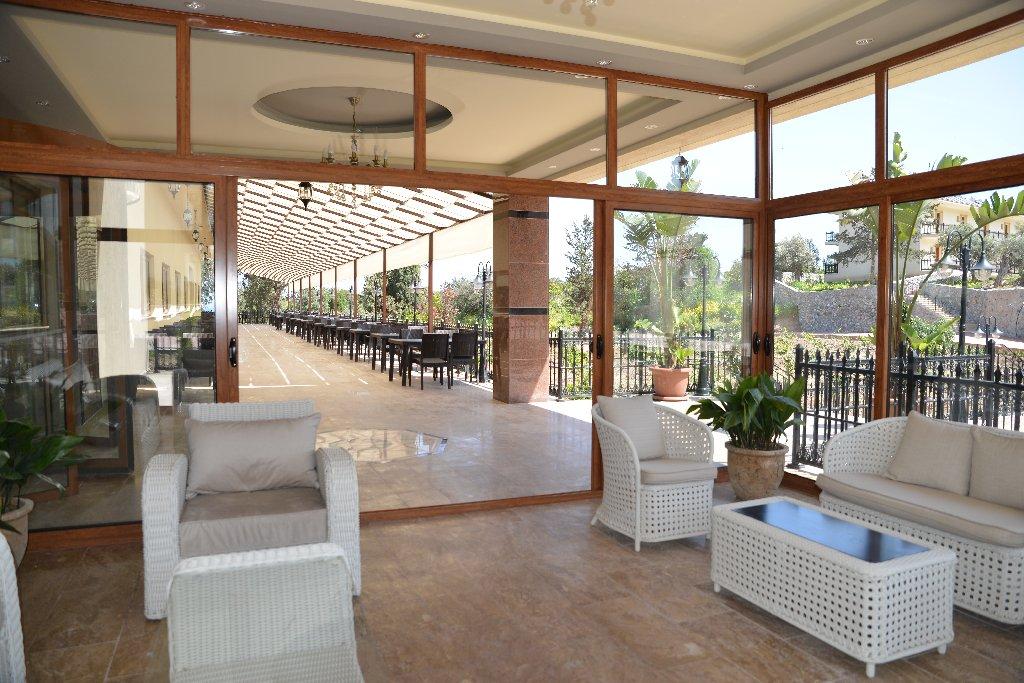 Riverside Garden Resort