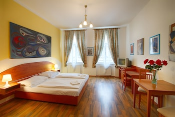 Capri House