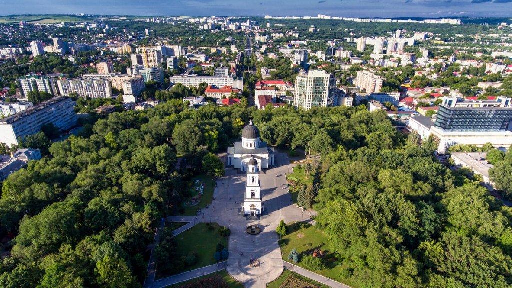 Chisinau & Cramele Cricova (3 zile)
