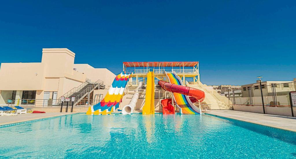 Amarina Resort & Aquapark (ex Riviera Plaza)