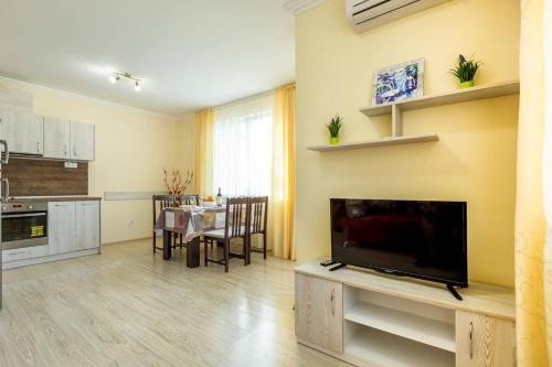 1bdr Apartment With Kitchen In Vip Zone Is