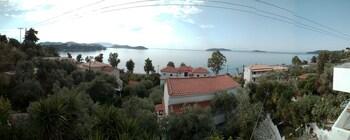 Azalea View