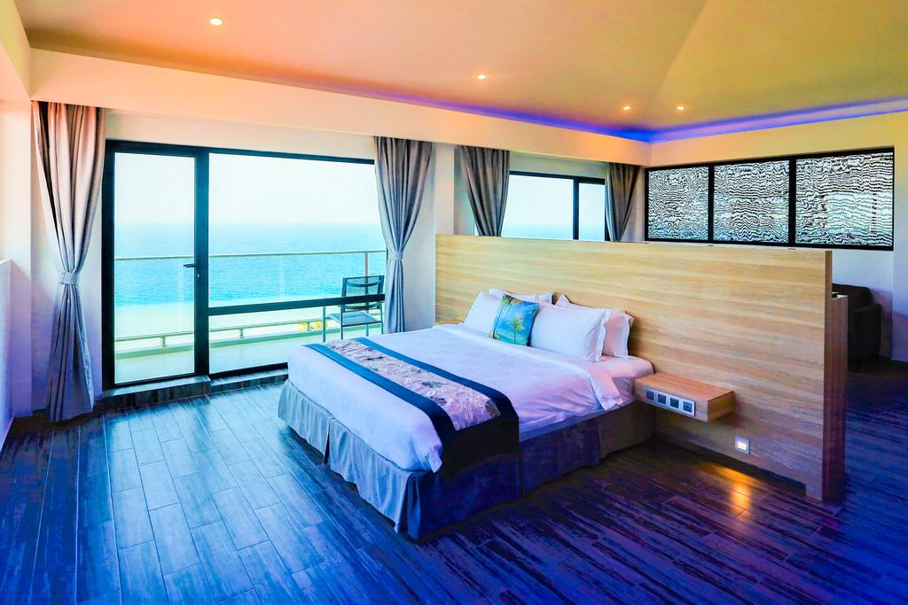Kaani Grand Seaview