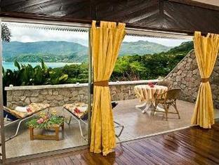 Anse Soleil Resort