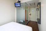 Easyhotel