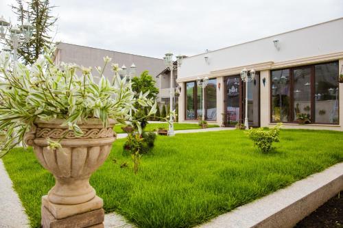 Royal Boutique Mangalia Breeze