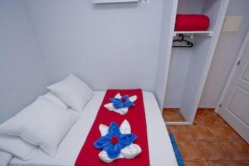 Barcelona City Rooms
