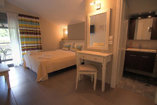 Ntinas Filoxenia Hotel  Spa