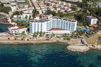 Le Bleu Resort Kusadasi