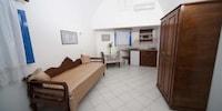 Georgis Apartments