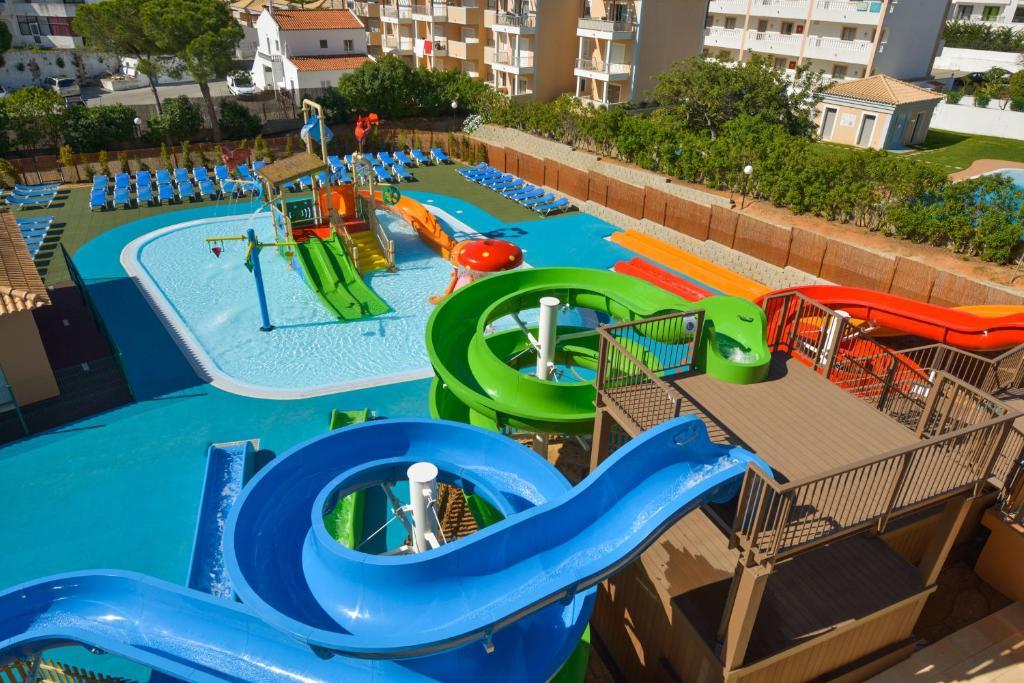 3HB Clube Humbria Hotel